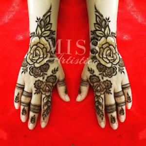 MissArtistico- Henna By Vijeshri