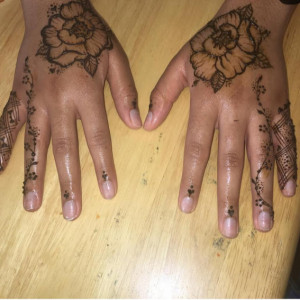 Mother Earth Essence - Henna Tattoo Artist / Temporary Tattoo Artist in Baltimore, Maryland