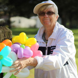 Mrs B.Loonie - Balloon Twister in Memphis, Tennessee