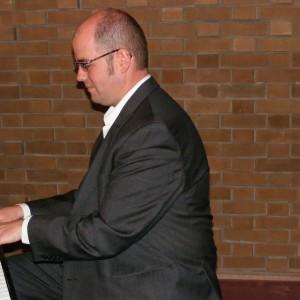 Music By Ian Green - Wedding Band in Hamilton, Ontario
