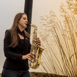 Naomi Fanshier, musician