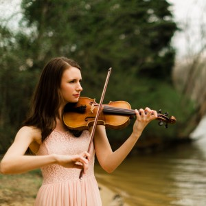 Natalie Bayles - Violinist in Knoxville, Tennessee