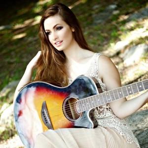 Nina D'Eramo - Pop Singer in Nashville, Tennessee