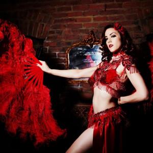 Olivia Bellafontaine - Burlesque Entertainment in Los Angeles, California