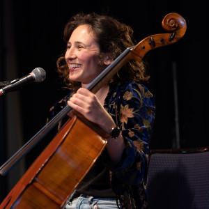 Ollella - Cellist in Seattle, Washington