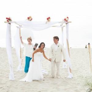 Oregon Ceremonies: Weddings that rock your story! - Wedding Officiant in Corvallis, Oregon