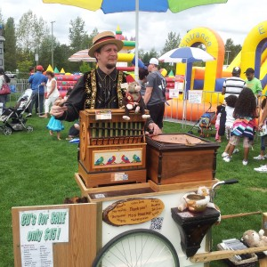 Organ Grinder - 1920s Era Entertainment in Surrey, British Columbia