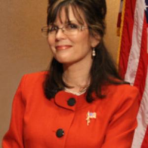Patsy Gilbert as Sarah Palin - Sarah Palin Impersonator in Orlando, Florida