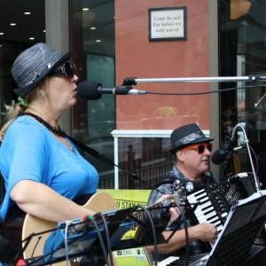 Pb&j Accordionuts - Accordion Player / Party Band in Cincinnati, Ohio