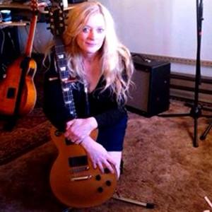 Pearl Woodin - Guitarist in Portland, Oregon