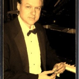 Peter Arnstein - Pianist / Jazz Pianist in Minneapolis, Minnesota