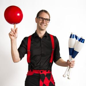 Peter Brunette - Juggler - Juggler / Variety Entertainer in Omaha, Nebraska