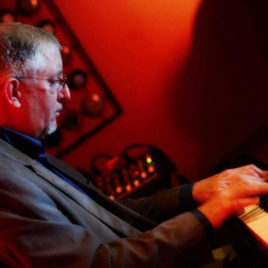 Pianist, Max Leake - Jazz Pianist in Pittsburgh, Pennsylvania