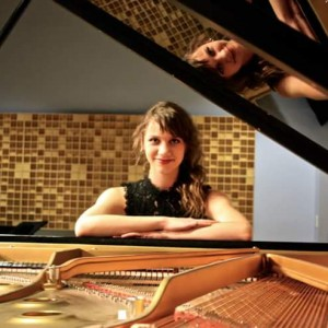 Alaina DeBellevue - Classical Pianist in Boulder, Colorado