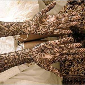 Pinky - Henna Tattoo Artist / Handwriting Analyst in Wilmington, Delaware