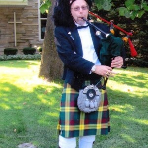 Piper Johnny - Bagpiper / Celtic Music in Frankfort, Illinois