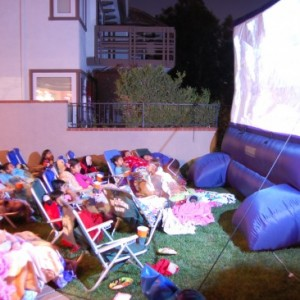 Pop Up Picture Show - Outdoor Movie Screens in Tustin, California