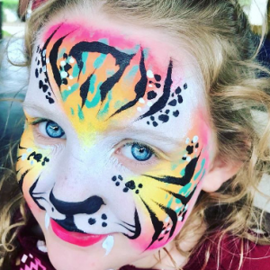 Pretty Faces By Danielle - Face Painter / Balloon Twister in Austin, Texas