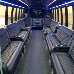 Pro Entertainment Nashville&The PartyBus - Party Rentals / Balloon Twister in Nashville, Tennessee