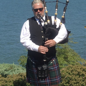 Professional Musician and Bagpiper for Hire - Bagpiper in Cleveland, Ohio