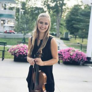 Brianna Patricca - Professional Violist - Viola Player / Violinist in Lebanon, Ohio