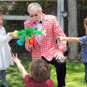 Professor Rich the Magician - Children's Party Magician / Magician in San Diego, California