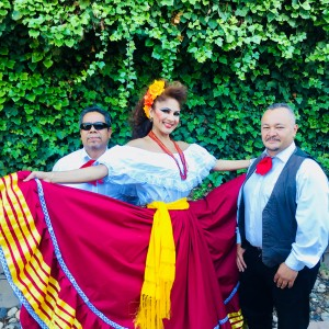 Reyna y su Trio Latin-Mariachi Band - Latin Band in San Jose, California