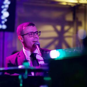 Ricky Lauria - Singing Pianist / Jazz Pianist in Lowell, Massachusetts