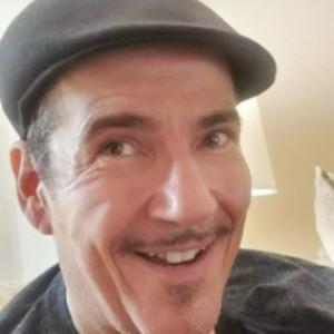 Robert Baxt - Magician / Family Entertainment in Los Angeles, California