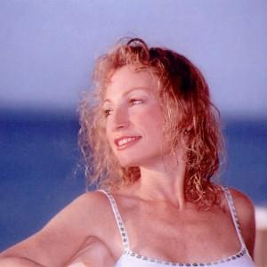 Robin Avery - Pop Music in Miami, Florida