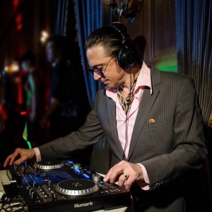 Ronnie Magri - DJ in New York City, New York