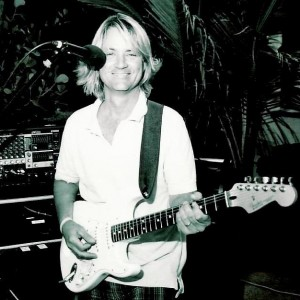 Russell Frazier - Singing Guitarist in Hollywood, Florida