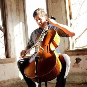 Saltarellist - Cellist in Winnipeg, Manitoba