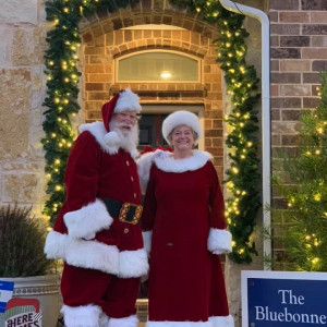 Santa Dennis & Mrs Claus - Santa Claus in Fort Worth, Texas