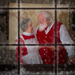 Santa Howard Charles - Santa Claus in North Attleboro, Massachusetts