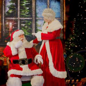 Santa Claus Mike & Mrs. Claus Tammi - Santa Claus in Phoenix, Arizona