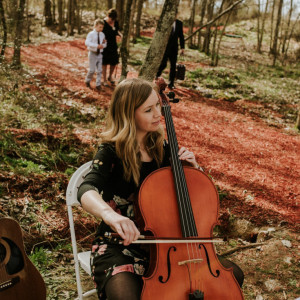 Sara Davis - Cellist / Classical Ensemble in Nashville, Tennessee