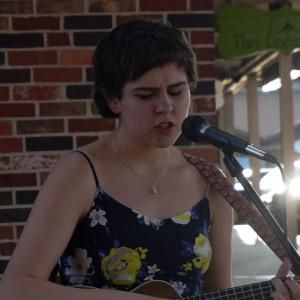Sarah Corbett - Singing Guitarist / Acoustic Band in Topeka, Kansas