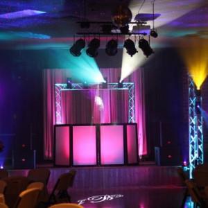 Scratches Travelin' D.J. Service - DJ / Wedding DJ in Tupelo, Mississippi