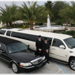 Seattle Cheap Limo - Limo Service Company / Chauffeur in Seattle, Washington