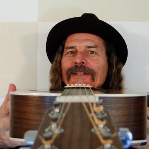 Sig Paulson N.W. Renegade Troubadour - Guitarist in Portland, Oregon