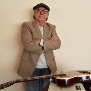 Singer/guitarist Extraordinaire    - Singing Guitarist / Acoustic Band in Boise, Idaho