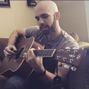 Singing Guitar / Mandolin Player - Guitarist in St Ann, Missouri