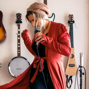 Sally Wallick - Singing Guitarist in Kelowna, British Columbia