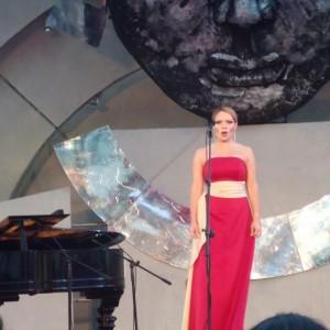 Soledad Hernández Mezzosoprano - Classical Singer in New York City, New York