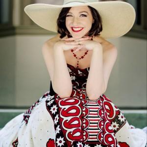 Soprano Elizabeth Cameron - Broadway Style Entertainment / Classical Singer in Kalamazoo, Michigan