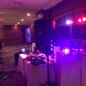 Sounds By DJ Lendy - Wedding DJ / DJ in Rochester, New Hampshire