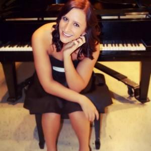 Stephani Petter - Classical Pianist in Minneapolis, Minnesota