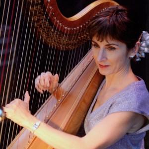 Stephanie Bennett, Harpist - Harpist / Celtic Music in Londonderry, Vermont