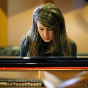 Stephanie Cooke, Jazz Pianist - Jazz Pianist in Portland, Oregon